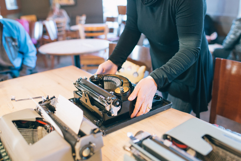 How to DIY Letter Writing Social, letters, typewriters, paper, snail mail, stamps,